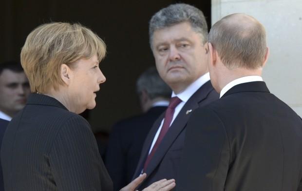 Директор Центру прикладних політичних досліджень «Пента» проаналізував і пояснив, як змінилася тактика України в «нормандських переговорах».