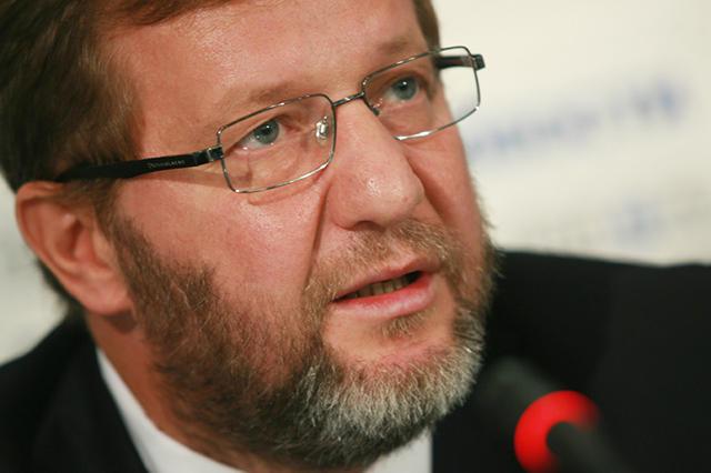 На Форумі вільної Росії у Вільнюсі колишній віце-прем'єр Росії Альфред Кох заявив про слабкість західних санкцій проти Росії.