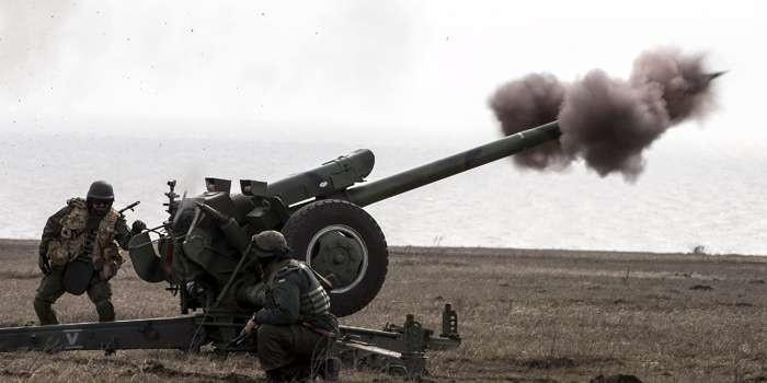 НаДонбассе русские оккупанты пустили вход танки иБТР