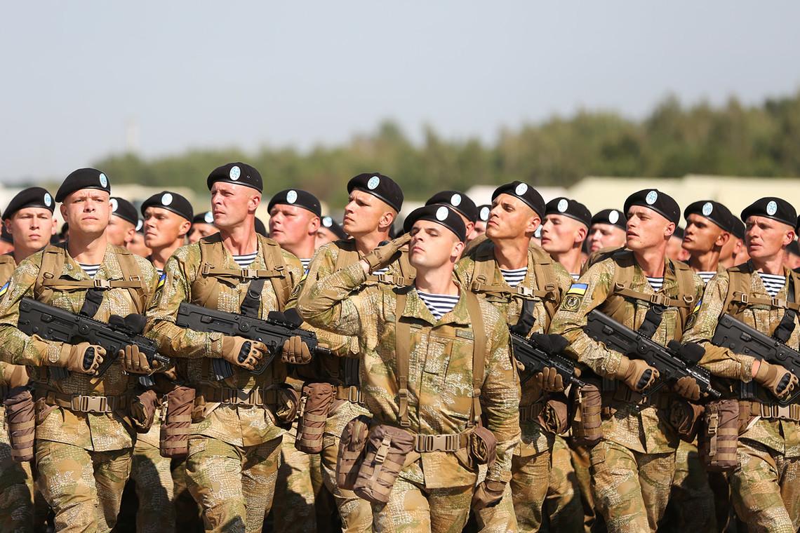 Заработная плата украинских военнослужащих будет больше на10%