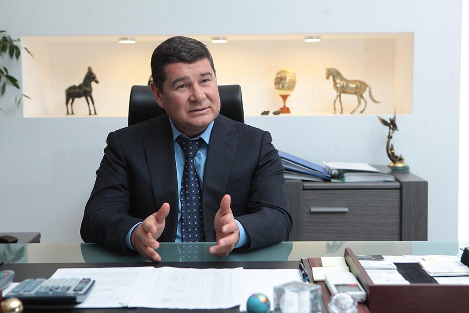 Сытник: уОнищенко несколько паспортов