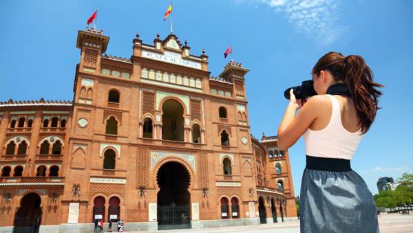 Испанию по результатам следующего года посетили рекордное количество туристов
