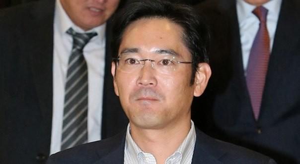 Суд Южной Кореи отвергнул запрос наарест руководителя Самсунг