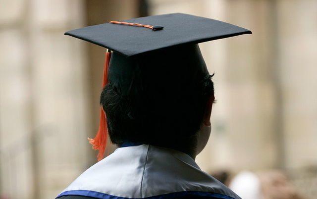 Кабмин дополнил список категорий студентов, которым выплачивается соцстипендия