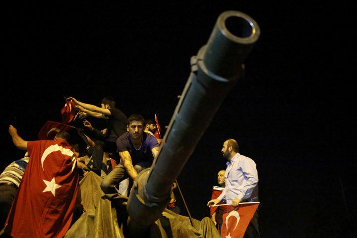 ВТурции судят неменее 300 подозреваемых впричастности квоенному перевороту