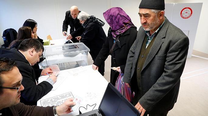 Референдум вТурции: наизбирательном участке произошла перестрелка