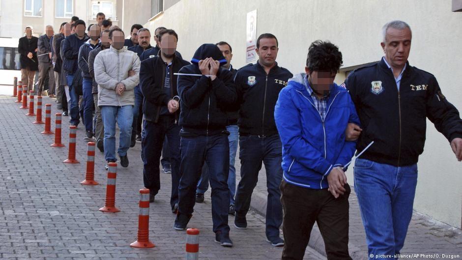ВТурции задержаны неменее 800 человек засвязи сорганизацией Гюлена