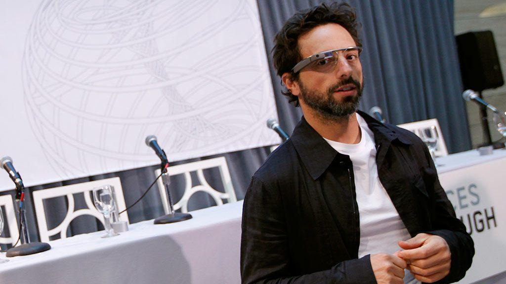 Сооснователь Google Сергей Брин строит огромный дирижабль вангарах NASA