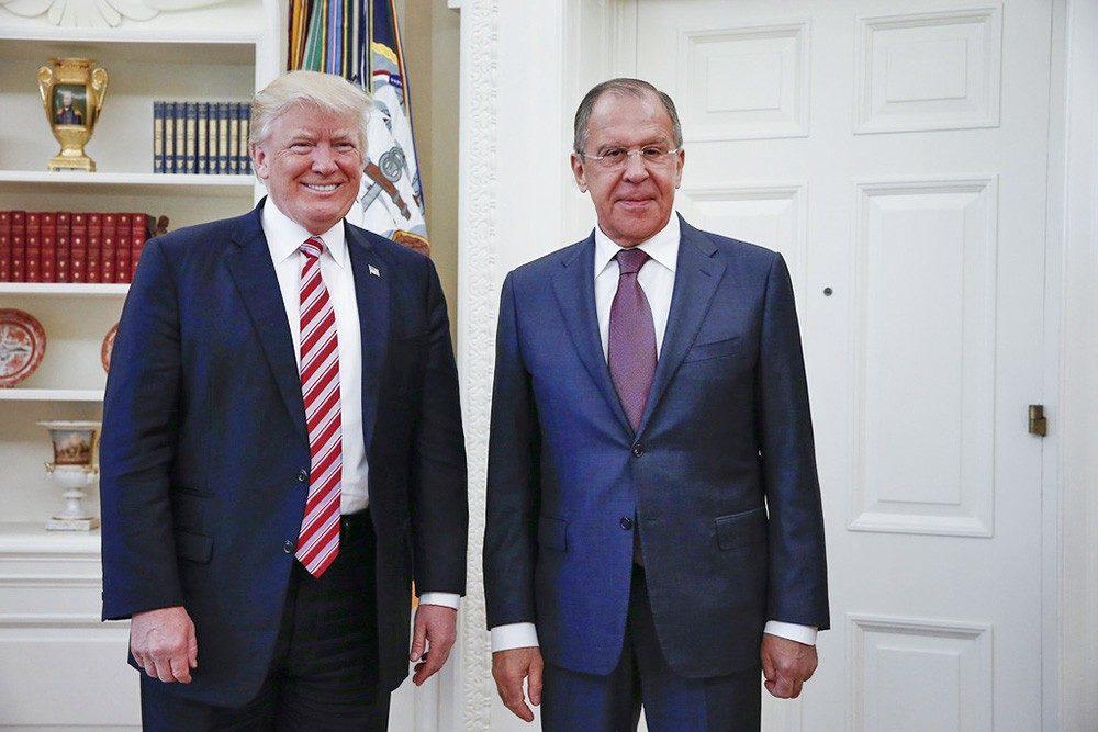 Русские чиновники якобы обсуждали возможности воздействия наТрампа