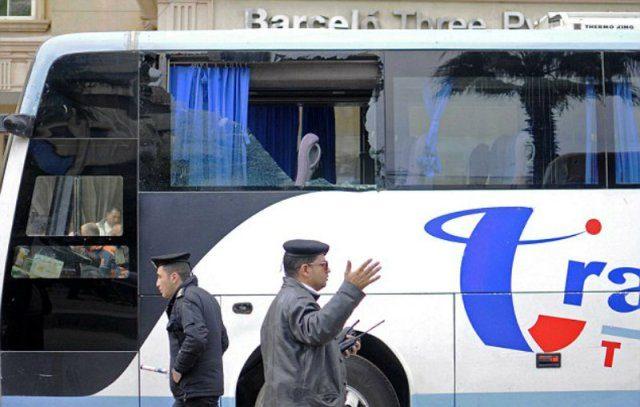 В Єгипті обстріляли автобуси зпаломниками: 23 загиблих