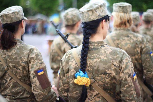 Министр обороны Украины призвал офицеров запаса навоенную службу— Ситуация накаляется