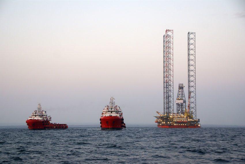 Суд заарештував захоплені Росією судна Чорноморнафтогазу