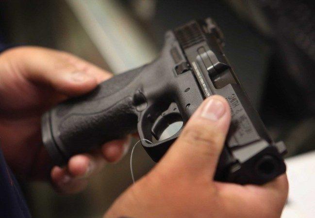 Косени будет подготовлен законодательный проект освободном обращении оружия