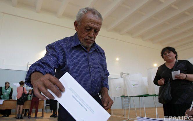 Навыборах вКосово одолела коалиция албанского полевого командира