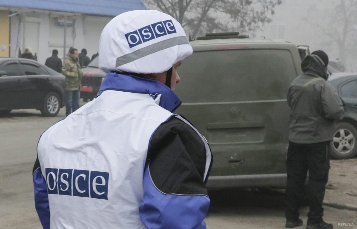 Боевики наДонбассе снова обстреляли миссию ОБСЕ