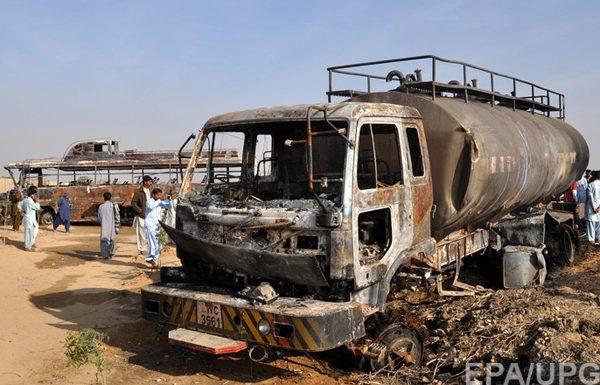 Понад 120 людей загинули ваварії бензовоза вПакистані