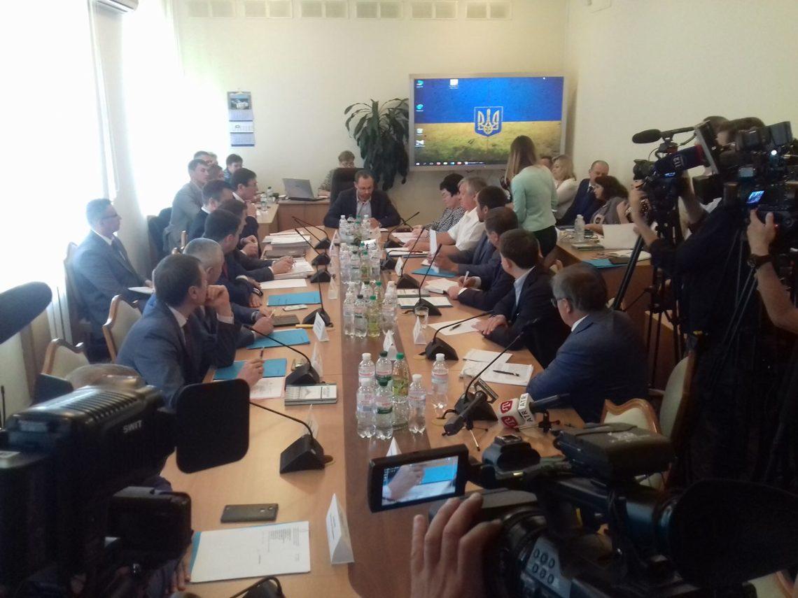 Луценко назвал условия закрытия дела вотношении Лозового