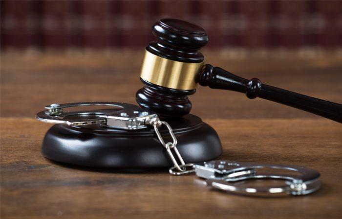 Стало известно, когда суд выберет меру пресечения Полякову иРозенблату