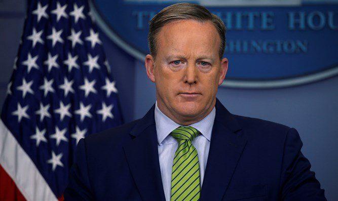 Колишній прес-секретар Білого дому пояснив причину відставки