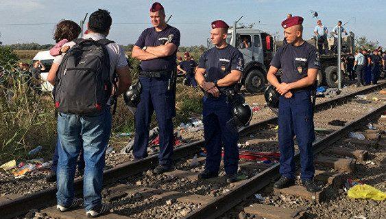ВМВД Польши раскритиковали механизм распределения беженцев вЕС