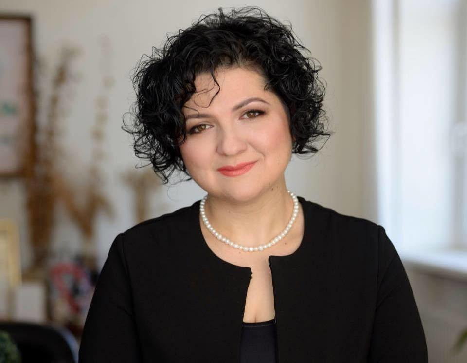 Сестра житомирського нардепа Розенблата позичила уйого дружини 4,4 мільйона