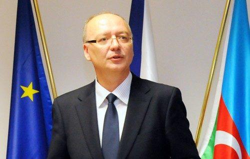 Посол Чехии вКиеве: Мыготовы поставлять Украине оружие