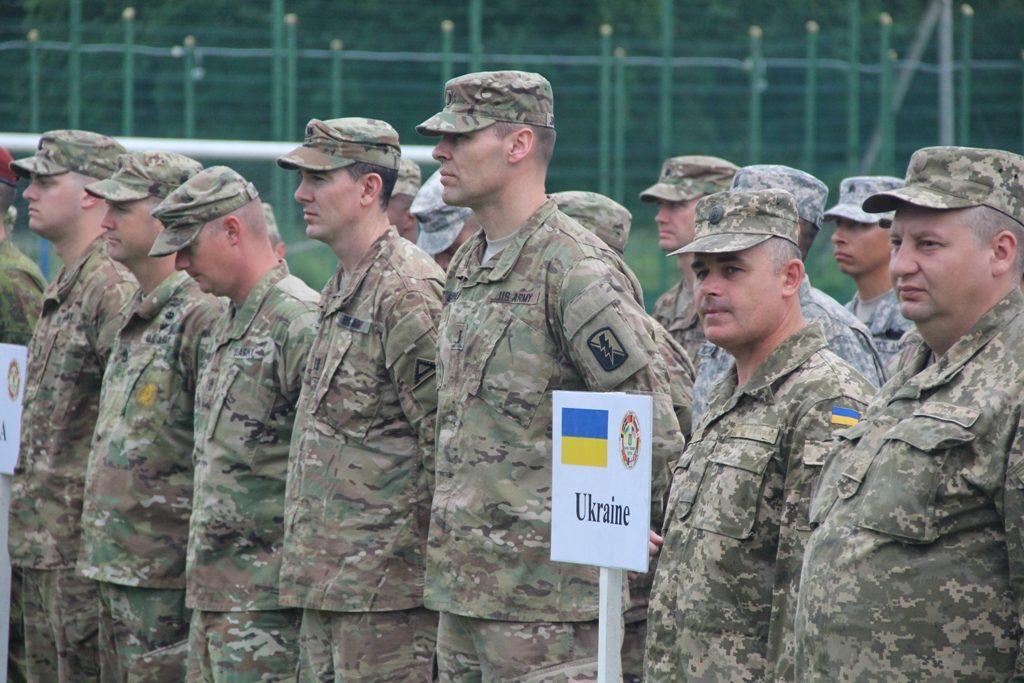 Крупнейшие военные учения Rapid Trident-2017 начинаются вгосударстве Украина