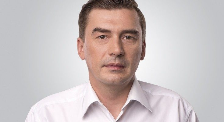 К народному депутату Добродомову нагрянули собыском поделу беглого Курченко