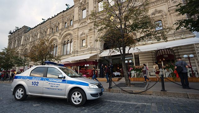 В Москве эвакуировали ряд вокзалов торговых центров и вузов из-за сообщений о минировании