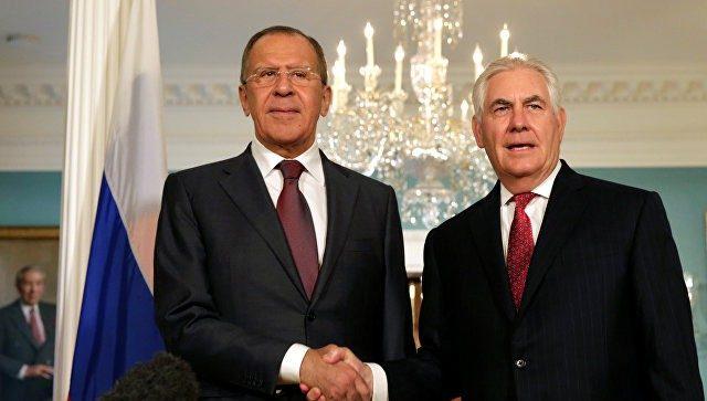 Лавров обсудил сТиллерсоном взаимодействие военных вСирии