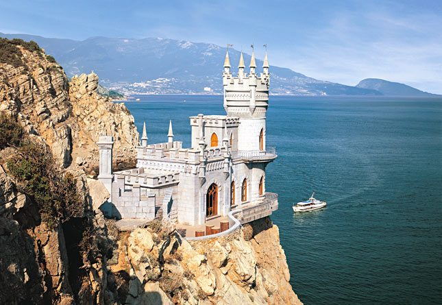 ЮНЕСКО встревожено из-за раскопок Российской Федерации укрымского «Ласточкиного гнезда»