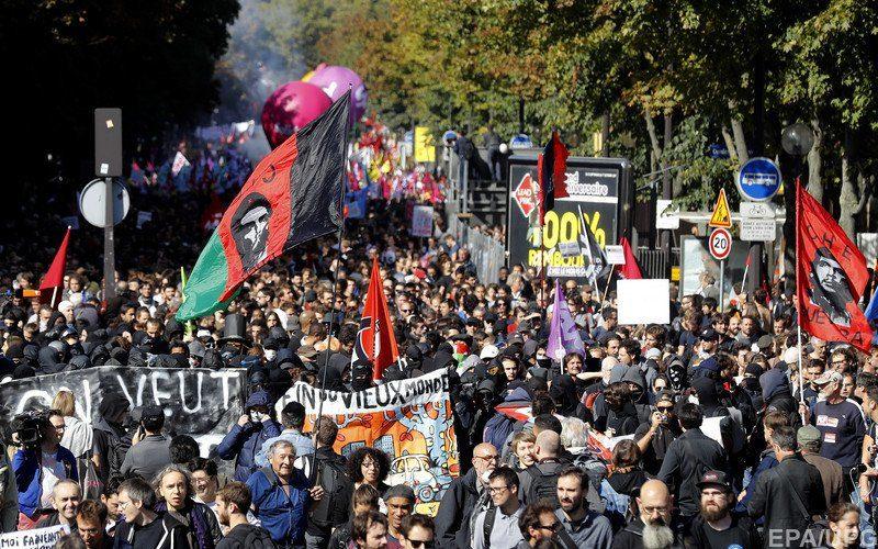 Около 60-ти тыс. человек приняли участие вакции протеста встолице франции