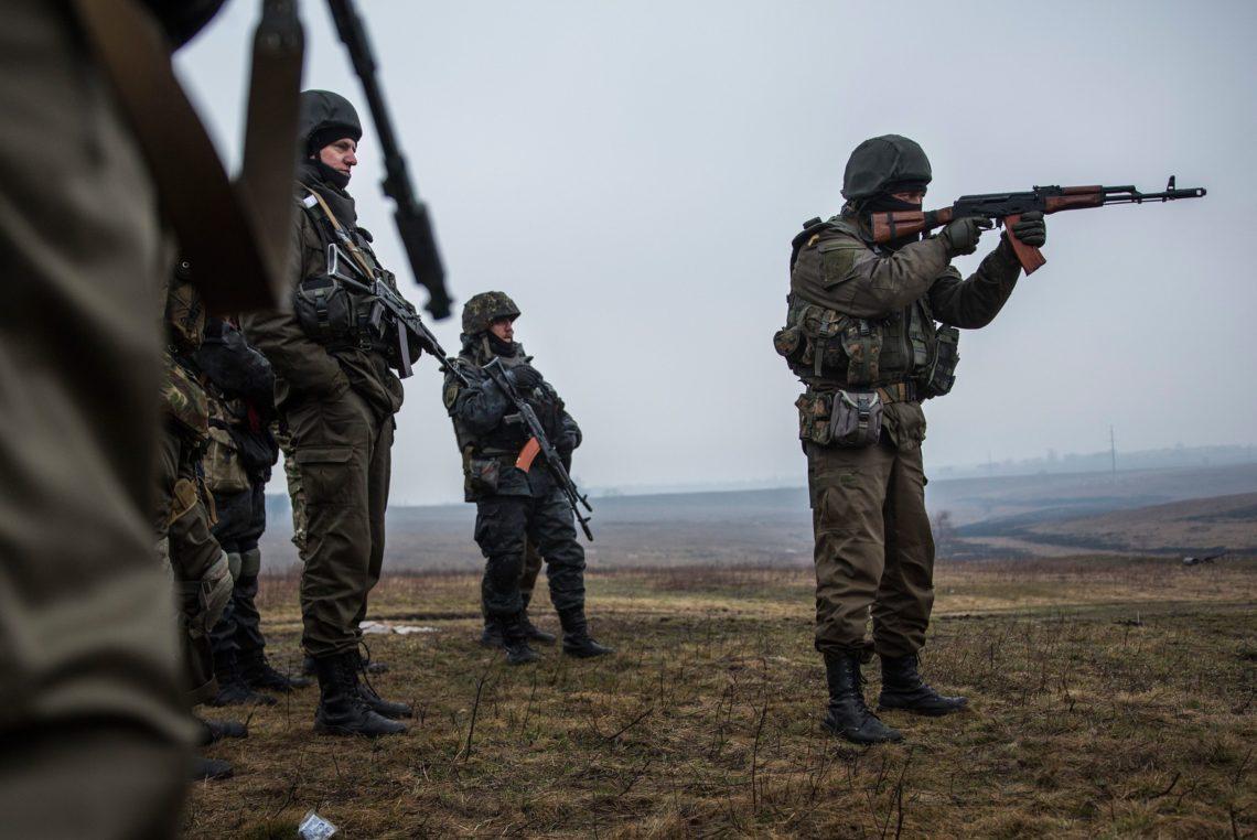 НаДонбассе засутки боевики 13 раз обстреляли украинские позиции— Штаб АТО
