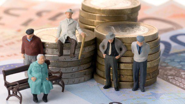 ВПольше вступил всилу закон оснижении пенсионного возраста
