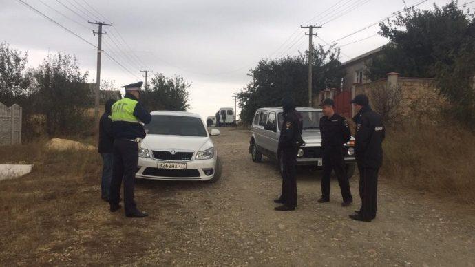 ВСимферопольском районе прошел обыск— задержаны три человека,— юрист Семедляев