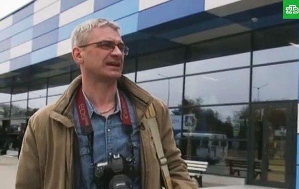 В Киеве в среду 4 октября полиция задержала корреспондента телепрограммы Центральное телевидение российского телеканала НТВ Вячеслава Н