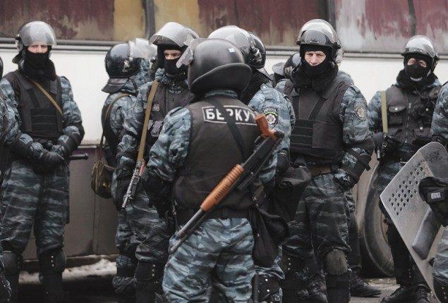 Двум «беркутовцам» говорили о сомнении вразгоне Майдана