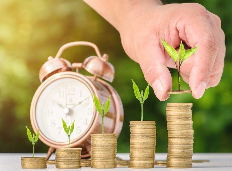 Гройсман обещает ежегодный перерасчет пенсий