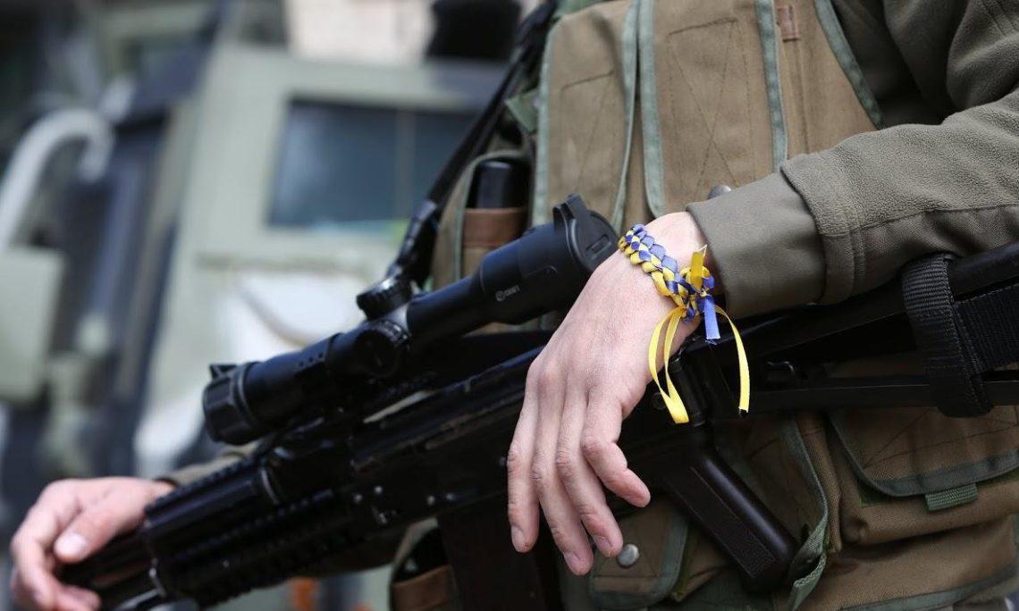 НаДонбассе погибли двое военнослужащих, двое бойцов ранены— штаб