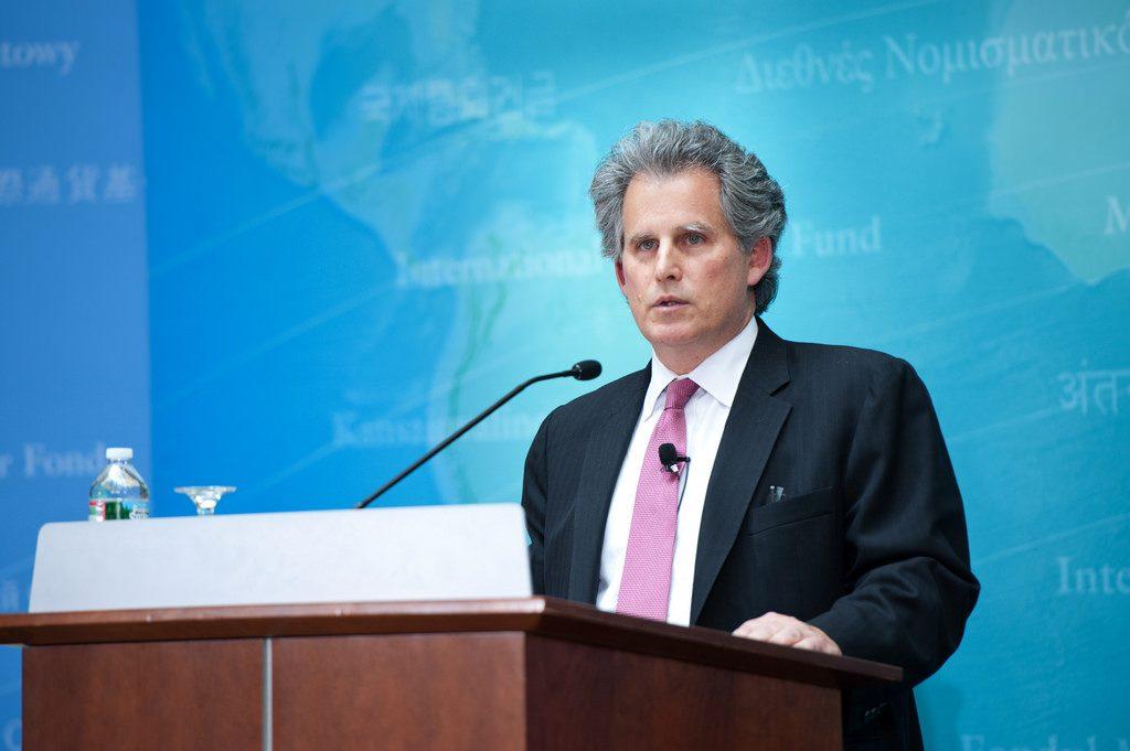 Дали поушам: МВФ угомонил украинскую верхушку— рано вам размышлять овыборах