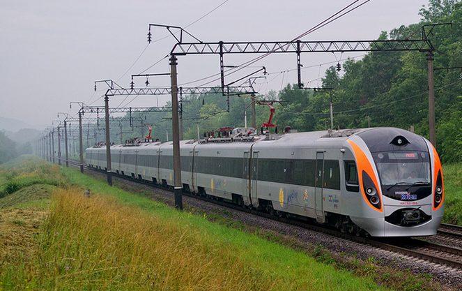 Маршрут поезда Киев-Перемышль сокращен