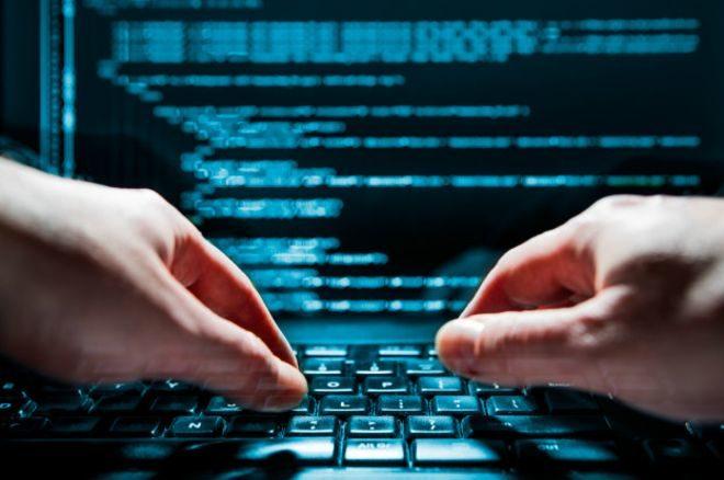Российские хакеры пытались взломать 545 аккаунтов украинских политиков