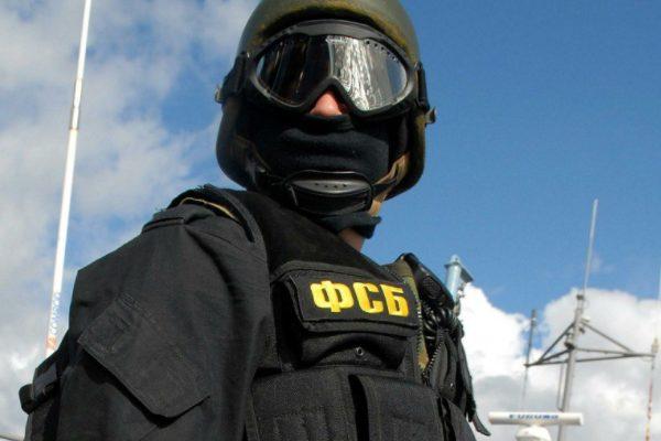 Русские таможенники сообщили озадержании украинца спистолетом