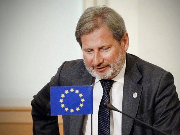 Еврокомиссар призвал расследовать нападения на корреспондентов вгосударстве Украина