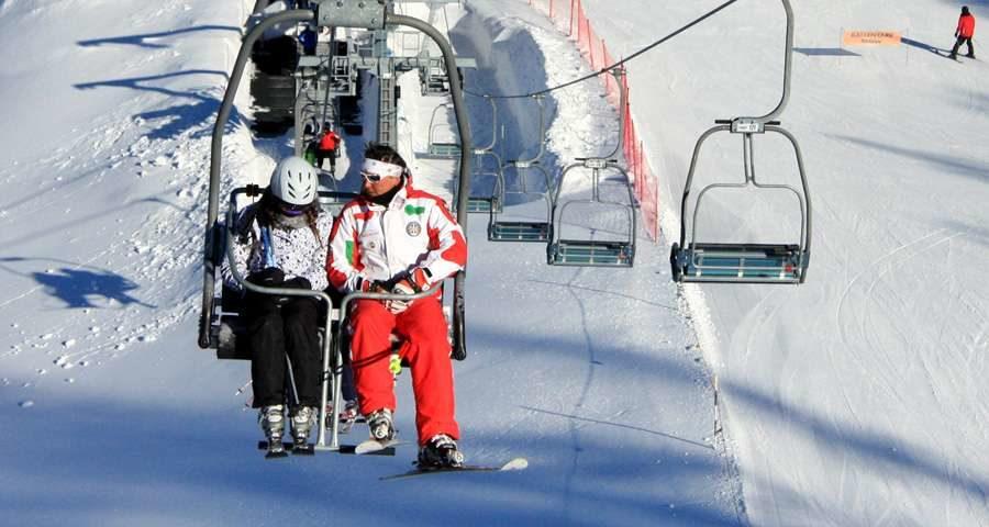 В суботу на горнолыжном курорте Буковель официально стартовал сезон катания. По ее словам, сотрудники Буковеля должны в кратчайшие сроки подготовить к катанию все подъемники и трассы.