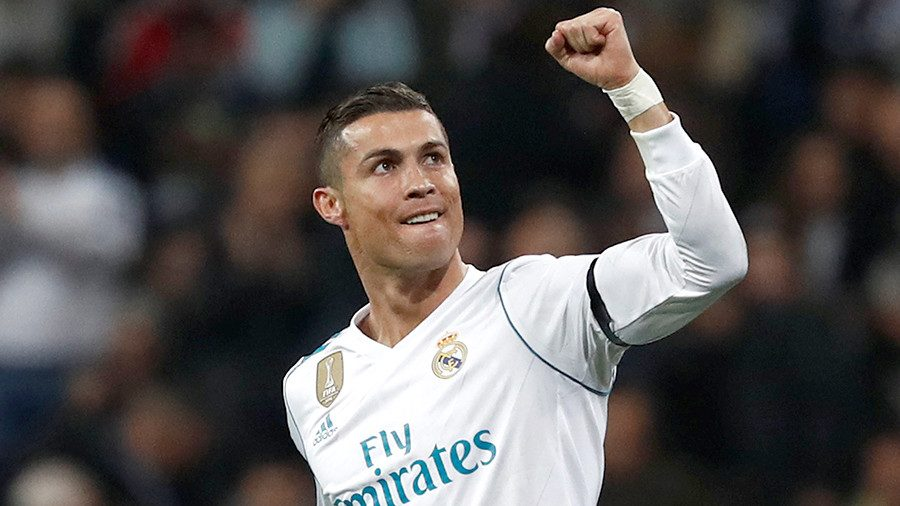 Роналду в 5-й раз завоевал «Золотой мяч»