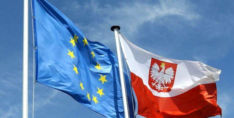 Венгрия решила выступить против антипольских санкцийЕС