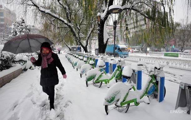 13 человек стали жертвами снегопадов вКитайской народной республике