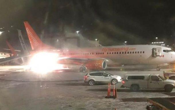 Вмеждународном аэропорту Торонто столкнулись два лайнера