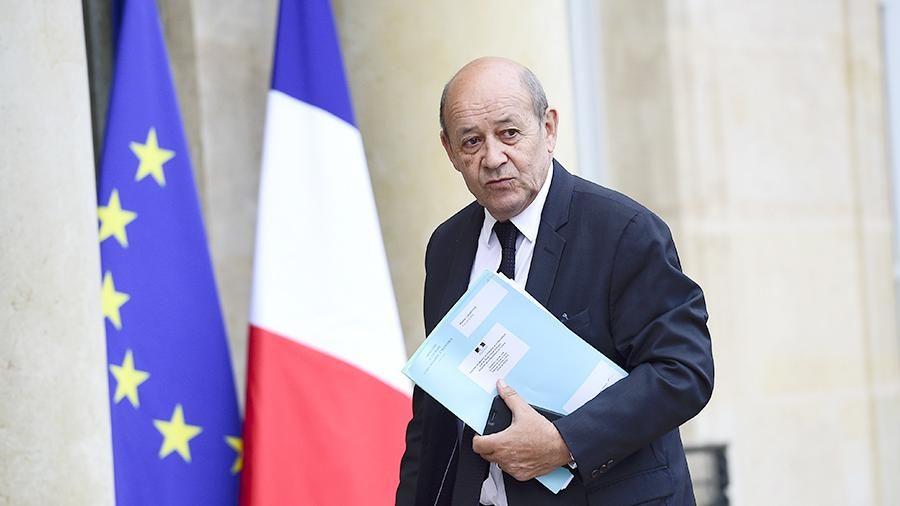 Лавров иТиллерсон обсудили мирное урегулирование вСирии и съезд вСочи